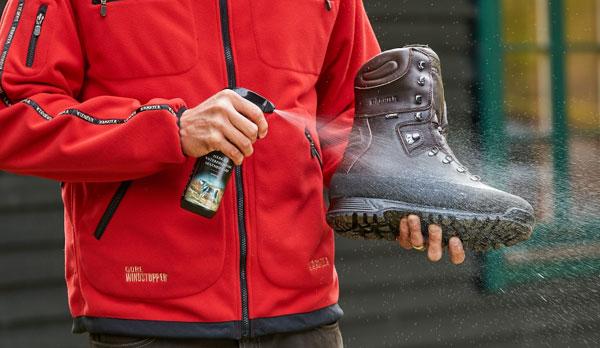 cuiaddo y mantenimiento botas de caza